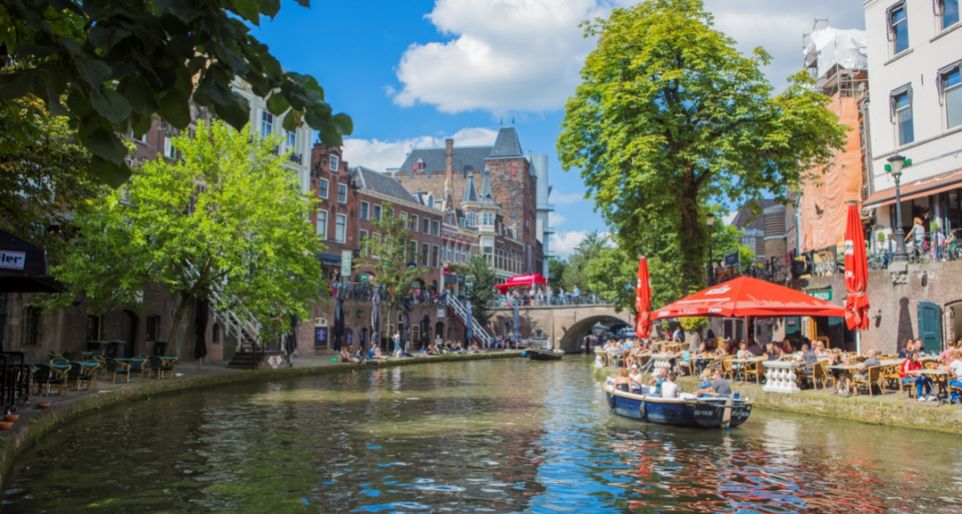 Canals of Utrecht by daytime