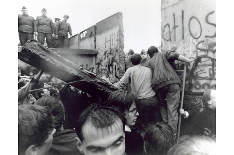 berlin wall primary sources