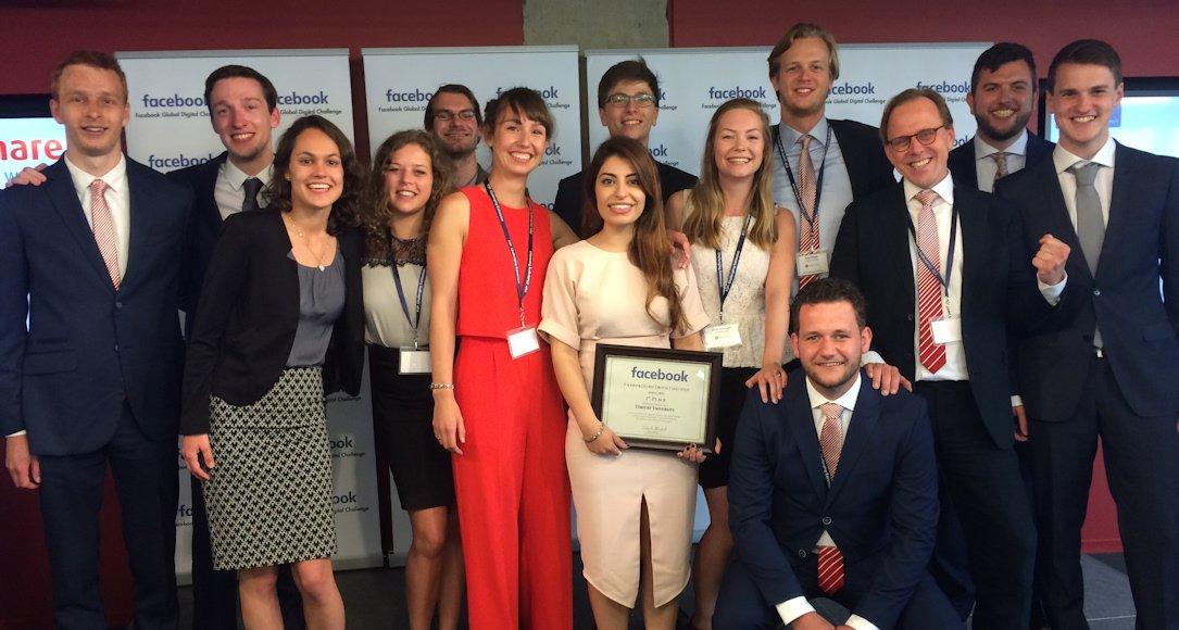 Dare to be Grey campagneteam bij prijsuitreiking in Washington, 28 juni 2016