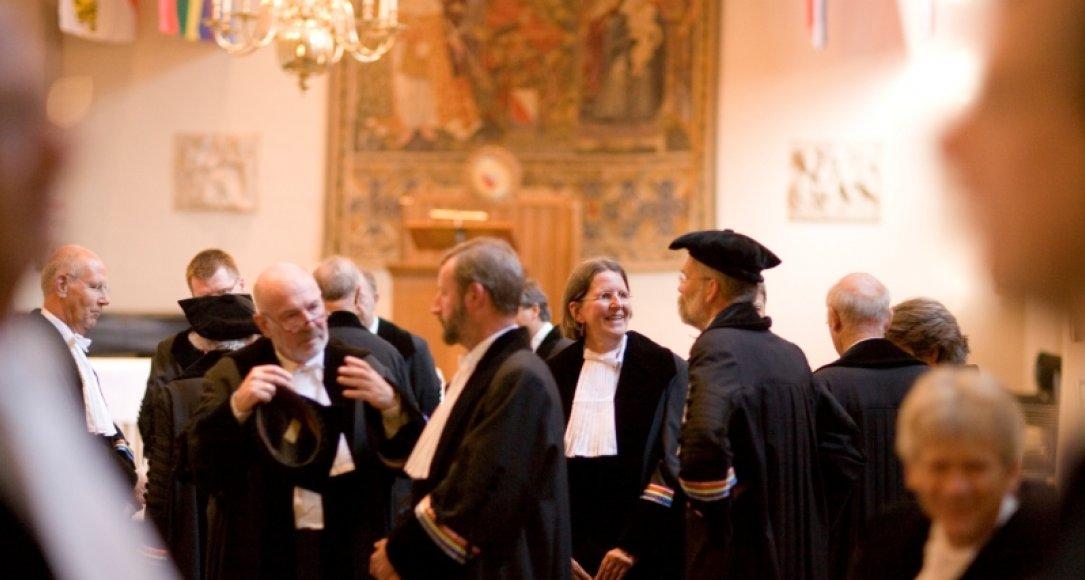 Hoogleraren in het Academiegebouw te Utrecht