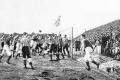 Voetbalwedstrijd 1895 © iStockphoto.com