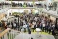 Er waren veel mensen aanwezig bij de officiële opening van de LSI (Foto: Ivar Pel)