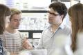 Dr. ir. Marc van Mill, winnaar Docenttalent 2014, geeft college aan studenten Biomedische Wetenschappen.