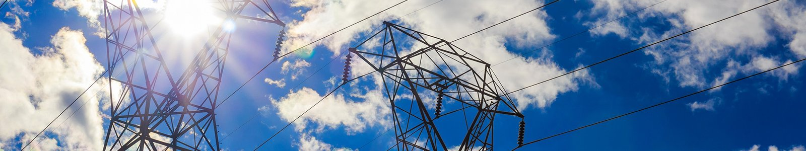 Overhead power lines (iStock/photovs )