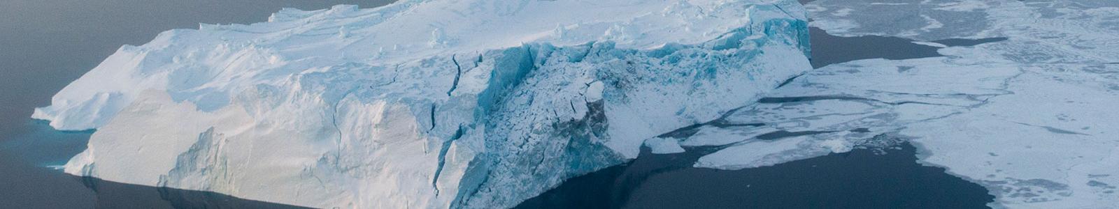 IJs bij Groenland.