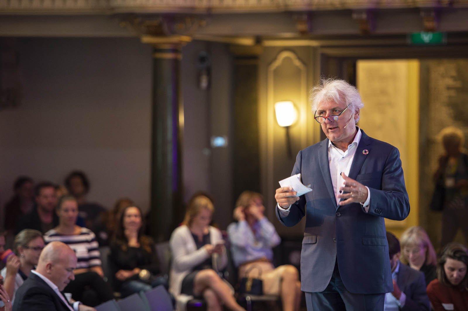 Harry Hummels, hoogleraar Social Entrepreneurship spreekt tijdens het Social Entrepreneurship Festival 2018
