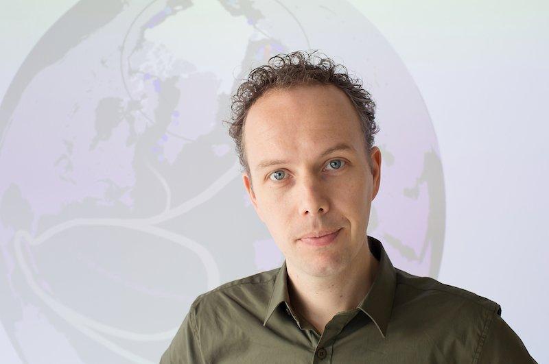Portretfoto Erik van Sebille