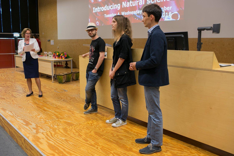 Decaan Isabel Arends en de genomineerden: Bobby Vos, Sophie Huiberts en Matthias Aengenheyster