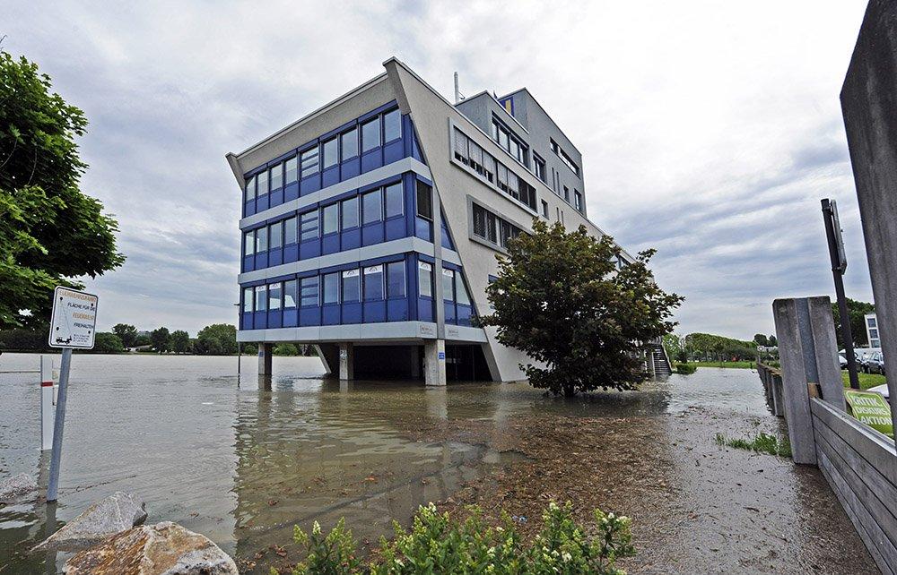 Overstroming in Ludwigshafen, foto door Martin H. Hartmann