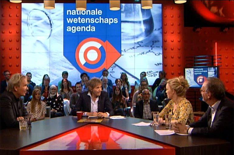 Beatrice de Graaf bij DWDD. Bron: dewerelddraaitdoor.vara.nl