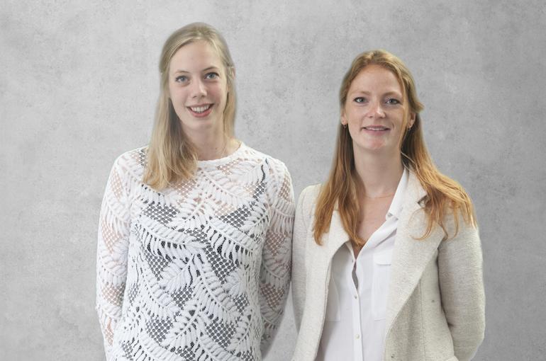 Sabine van der Laan en Sophie Merckelbach van Apollo Society.