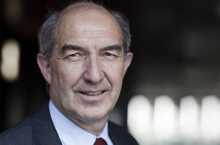Prof. dr. Anton Pijpers.