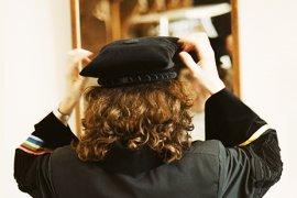 Vrouwelijke hoogleraar voor spiegel