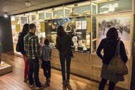 Bezoekers in het Universiteitsmuseum