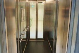 The elevator in the David de Wield building