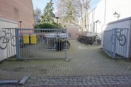 The bicycle parking lot (accessible via Keizerstraaat) at Drift 27 - University Library City Centre