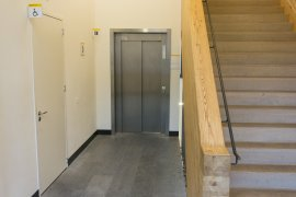 The elevator and accessible toilet at Janskerkhof 2-3a