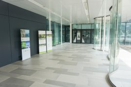 The corridor leading to the Venig Meinesz building A