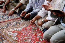 Koran lezen © iStockphoto.com/Scrofula