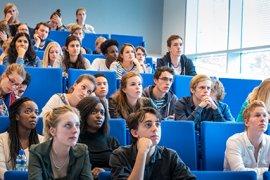 Studenten bij een hoorcollege