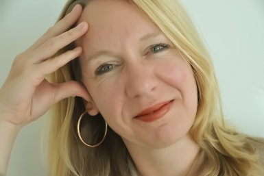 Dr. Miranda Jansen