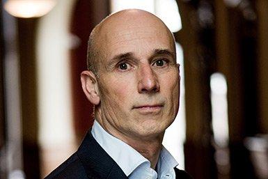 Dr. Daniel Janssen