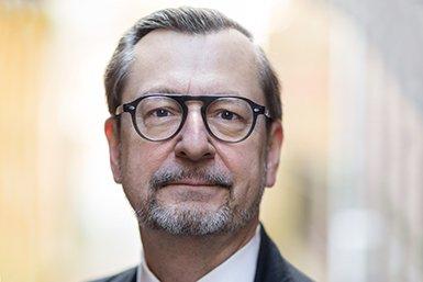 Prof. dr. Karl Kügle. Foto Ed van Rijswijk