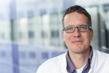 Professor Jeroen Pasterkamp