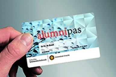 Alumni_alumnipas_385x257
