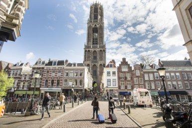 Students arrive in Utrecht