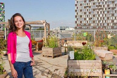 Student in rooftop garden
