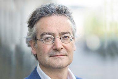 Professor Bas van Bavel. Photo: Ed van Rijswijk