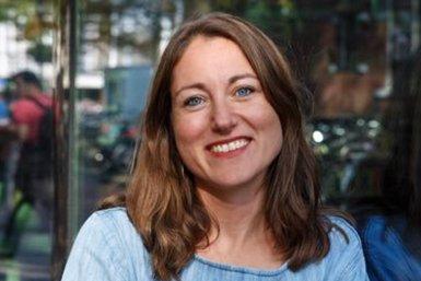 Prof. dr. Belle Derks