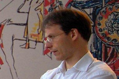 Dr. Eric Jas