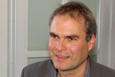 Dr. Lucien van Liere