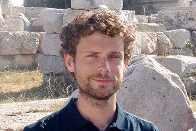 Dr. Janric van Rookhuijzen