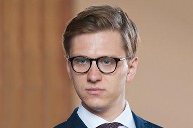 Dr. Hanno Sauer