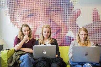 Studenten bij de Faculteit Sociale Wetenschappen