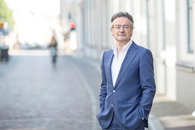 Historicus prof. dr. Bas van Bavel.