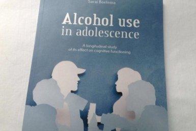 Proefschrift alcholgebruik jongeren