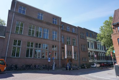 Front view of Bijlhouwerstraat 6.