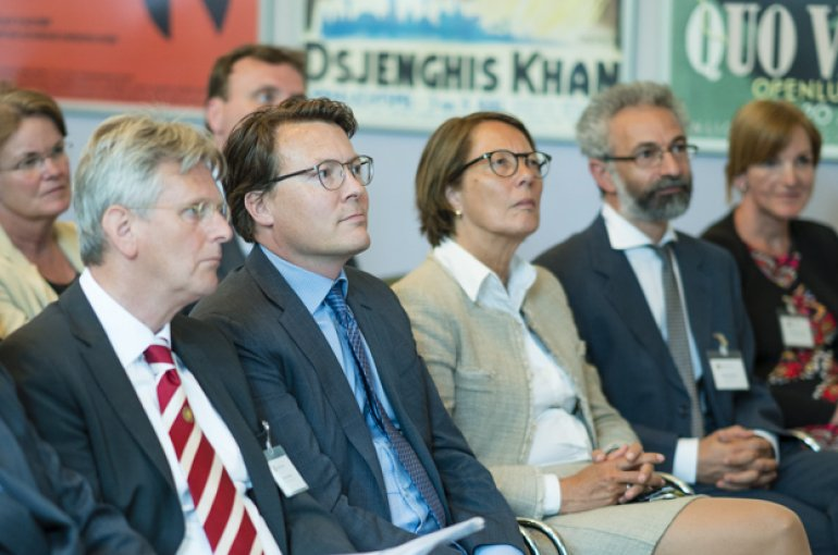 Prince Constantijn in the audience at the Seminar for International Nature Conservation