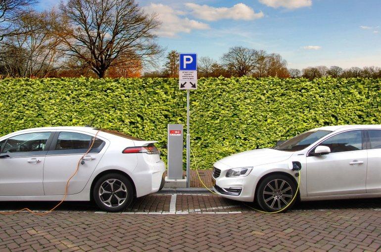 Nature Publicatie Elektrische Auto S Worden Pas Gemeengoed Bij