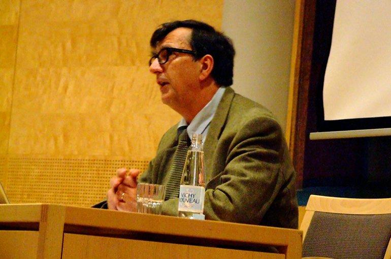 Bruno Latour. Photo: Wikimedia Commons (Jerzy Kociatkiewicz)