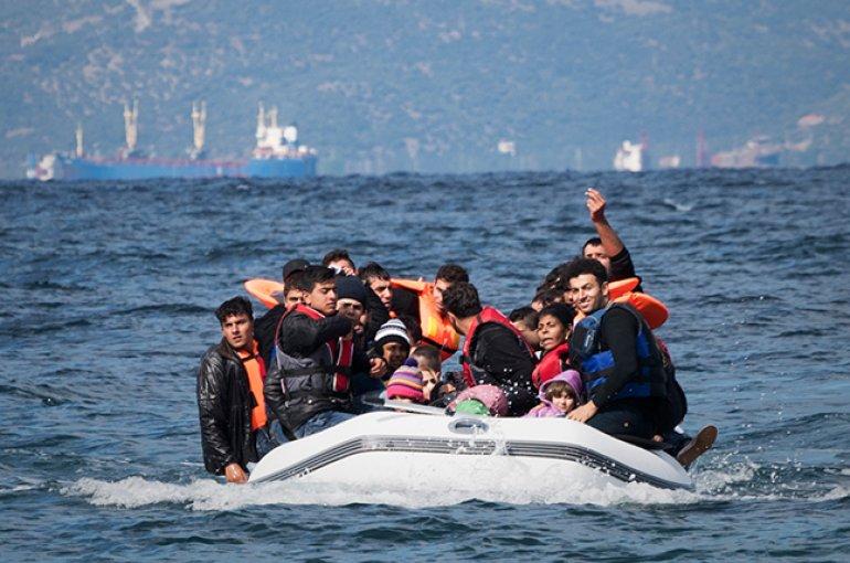 Bootvluchtelingen © iStockphoto.com/jcarillet