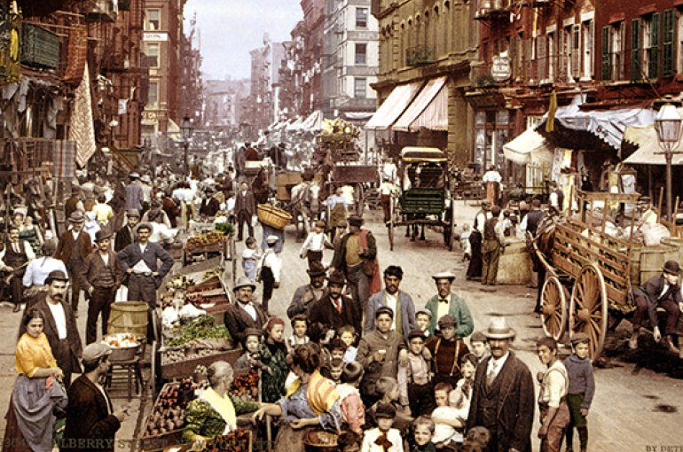 Mulberry Street, along which New York City's Little Italy is centered. Lower East Side, circa 1900 - Wikimedia Commons