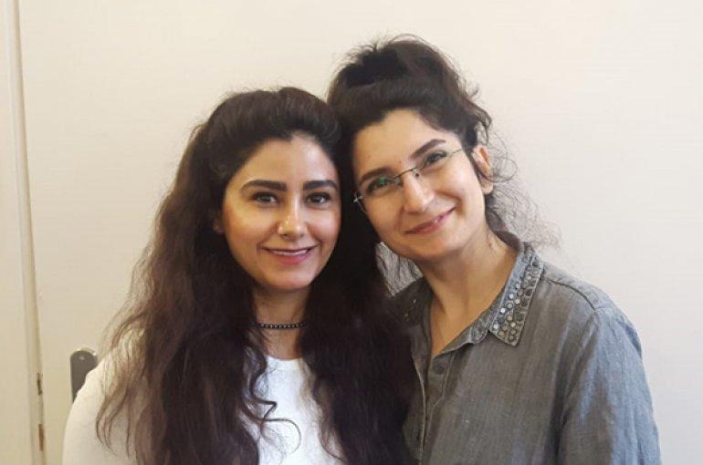 Asmahan Mahmoud en Elaheh (Ella) Akin