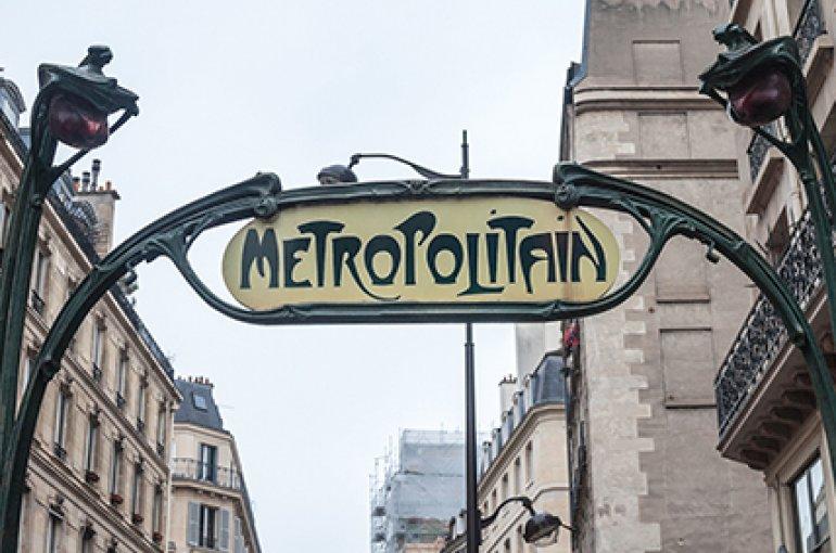 Metrostation in Parijs © iStockphoto.com/BalkansCat