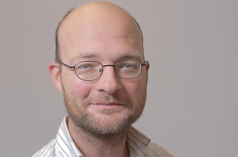 Dr. Dirk van Miert