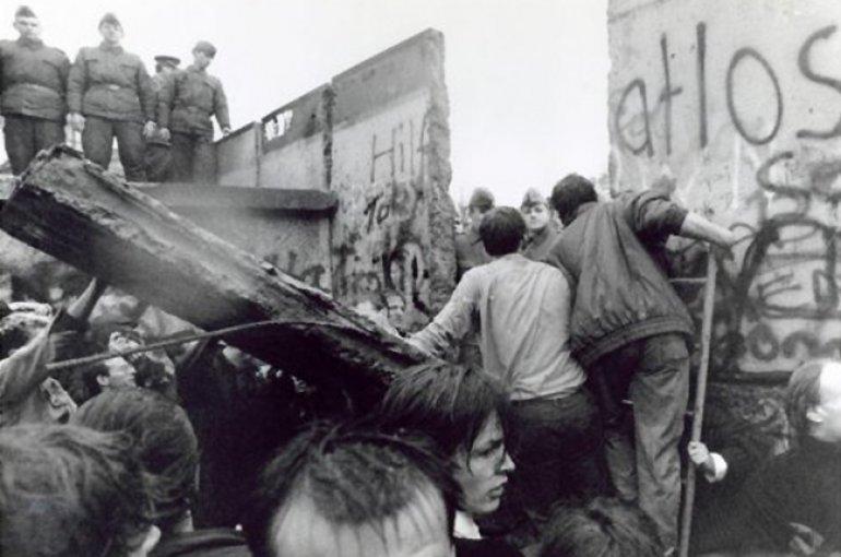 Val van de Berlijnse Muur (1989)